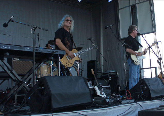 Vern with Les Paul on Stage July 2013